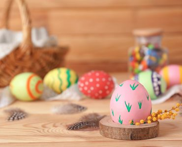 10 Easy and Creative Easter Egg Ideas